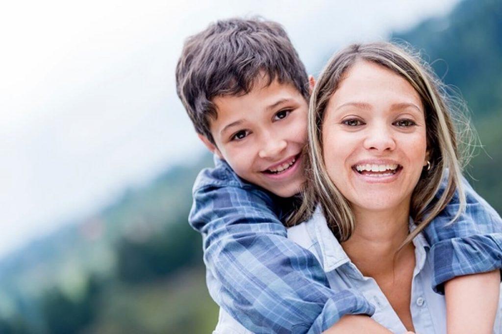 طرق لتعزيز ثقة الطفل بنفسه