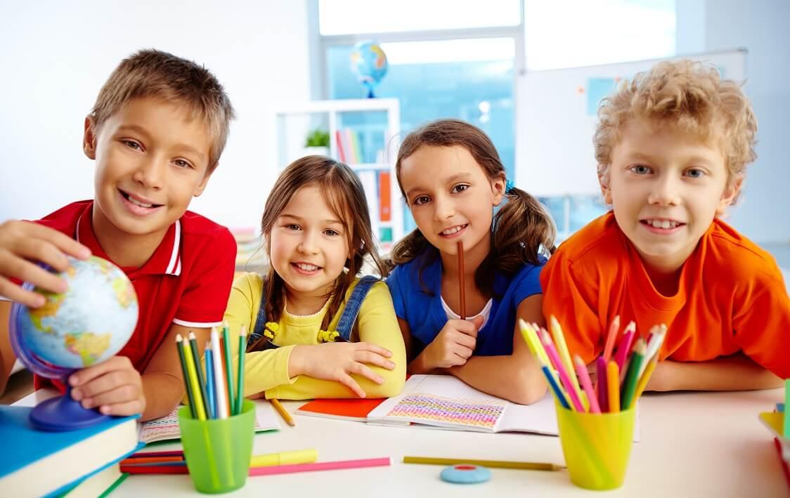 جداول مختلفة و مفيدة لتعليم الاطفال